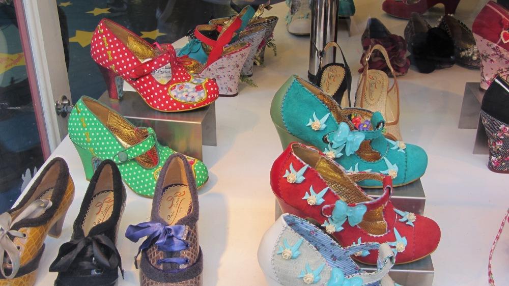 Daisy´s shoes (1/2)
